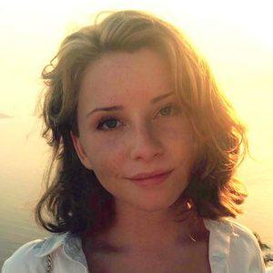 Amanda Van Den Tempel Almaas