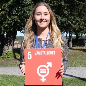 Emmi Lind från Stockholm är en av FN-förbundets ambassadörer under 2017-2018.